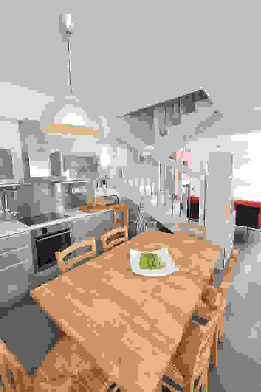 AP penthouse Matteo Fieni Architetto Sala da pranzo in stile mediterraneo