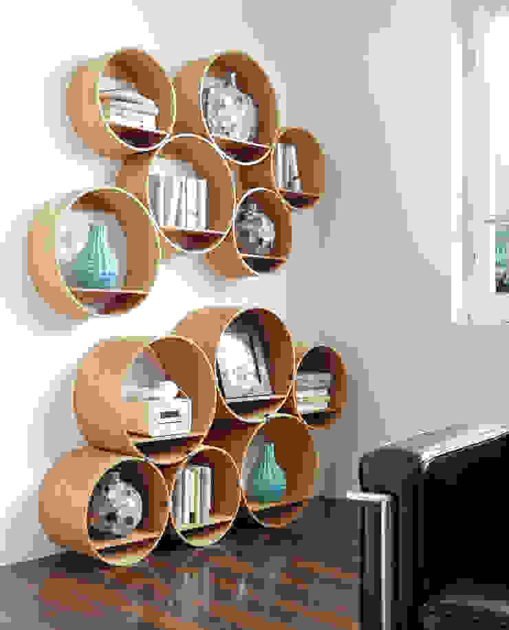 Kißkalt Designs مكاتب العمل والمحال التجارية خشب