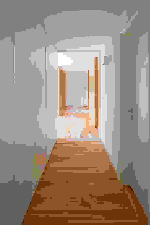 Apartamento V.F. por SAMF Arquitectos