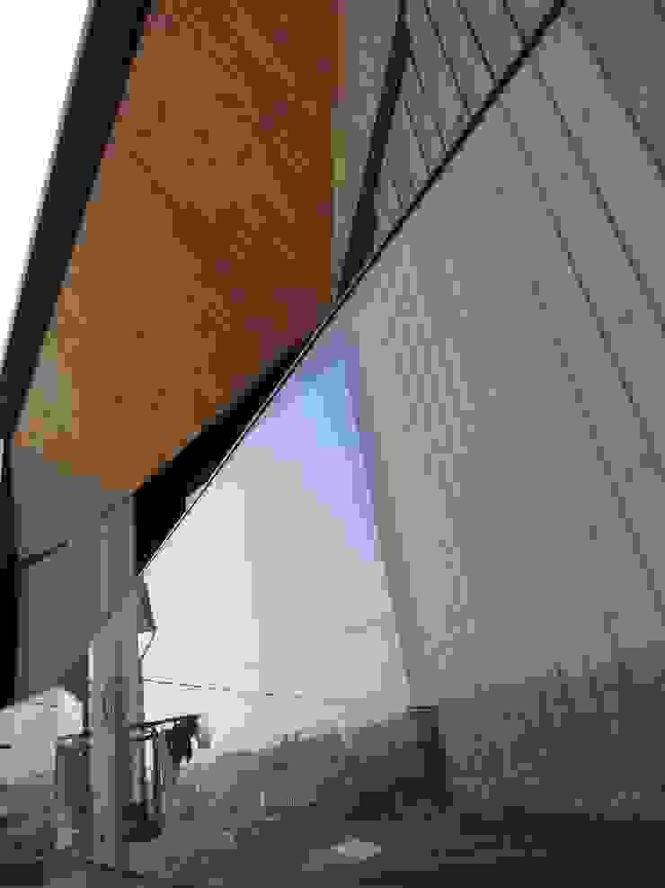 House in Castle Street | Vila Nova de Gaia | Portugal Varandas, marquises e terraços modernos por Bastos & Cabral - Arquitectos, Lda. | 2B&C Moderno