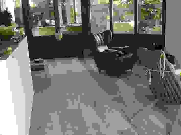 Pavimento in legno di recupero Pareti & Pavimenti in stile minimalista di Il Noce Srl Minimalista