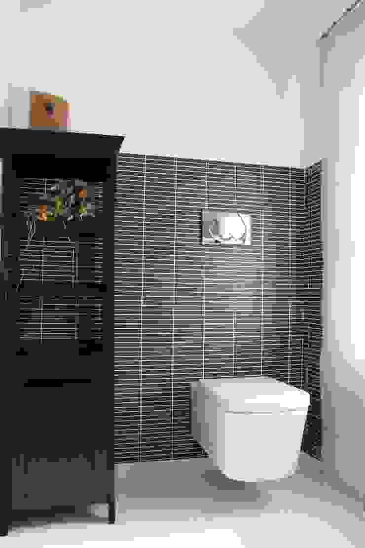 Moderne Badezimmer von Studio HAUS Modern
