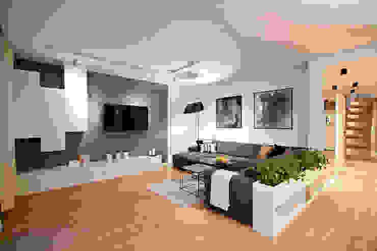 PRZESTRONNY APARTAMENT Nowoczesny salon od IDAFO projektowanie wnętrz i wykończenie Nowoczesny