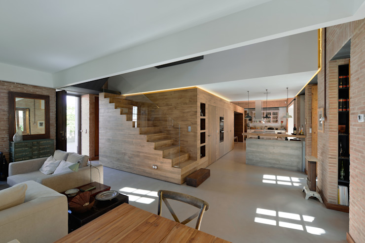 Casa em S. Pedro do Estoril Salas de estar modernas por Ricardo Moreno Arquitectos Moderno