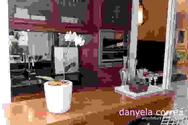 Classic style dining room by Danyela Corrêa Classic