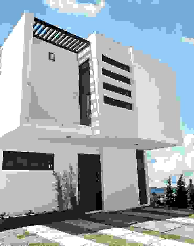 Fachada frontal Casas modernas de CONSTRUCTORA ARQOCE Moderno