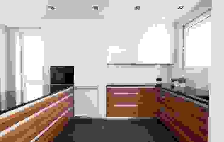 Realizacja 9 : styl , w kategorii Kuchnia zaprojektowany przez MGN Pracownia Architektoniczna,