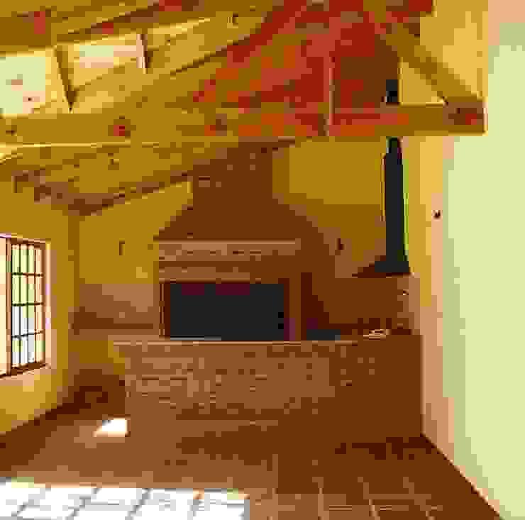 Nowoczesny balkon, taras i weranda od Arquitecto Oscar Alvarez Nowoczesny