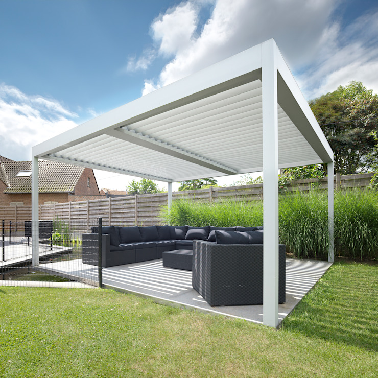 St.Lawrence | UmbrisbyIQ | Nowoczesny ogród od IQ Outdoor Living Nowoczesny Aluminium/Cynk