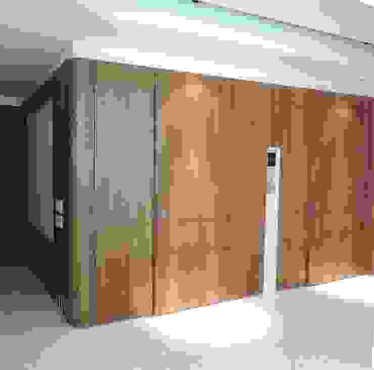 Carpintería de obra y mobiliario. de Spazio Interior Moderno