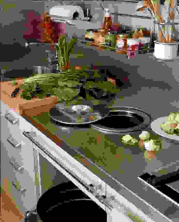 DEULONDER arquitectura domestica Kitchen Grey