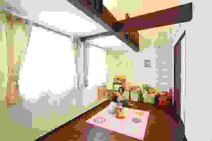茨木の家 モダンデザインの 子供部屋 の 株式会社 atelier waon モダン