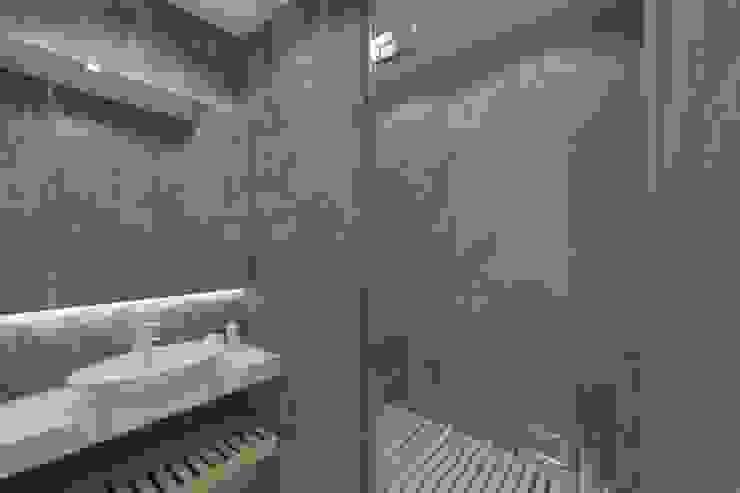 Проектик холостяка Ванная комната в стиле минимализм от Ivantsov design studio Минимализм Камень