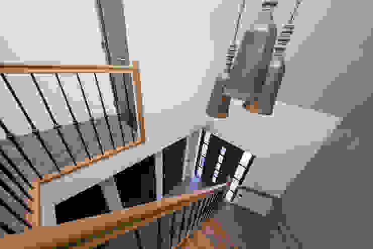 Entree Rustieke gangen, hallen & trappenhuizen van Medie Interieurarchitectuur Rustiek & Brocante Hout Hout