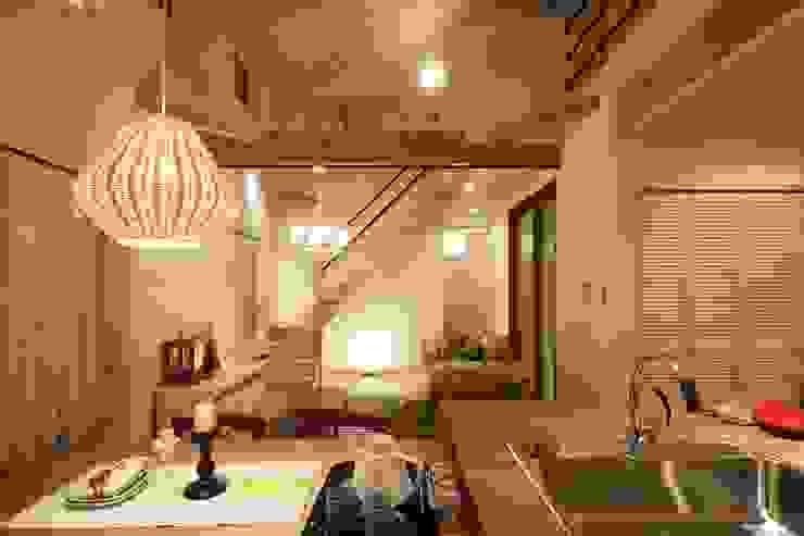 Skandinavische Wohnzimmer von dwarf Skandinavisch