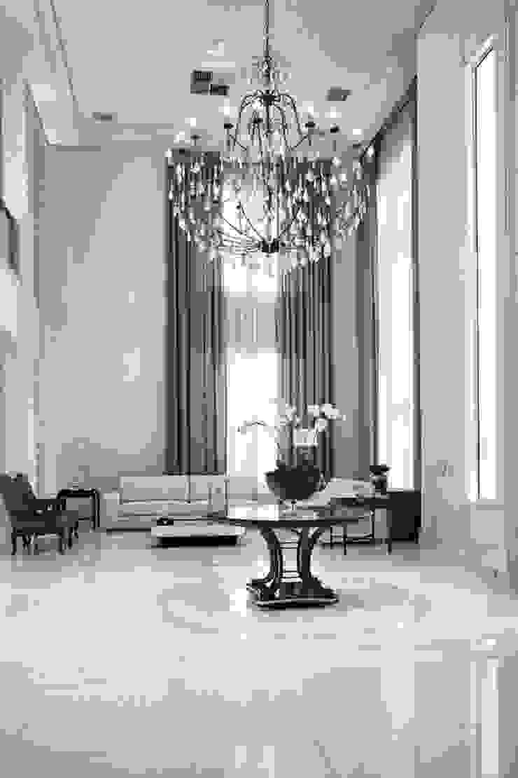 Bianka Mugnatto Design de Interiores Pasillos, vestíbulos y escaleras de estilo ecléctico Piedra Blanco