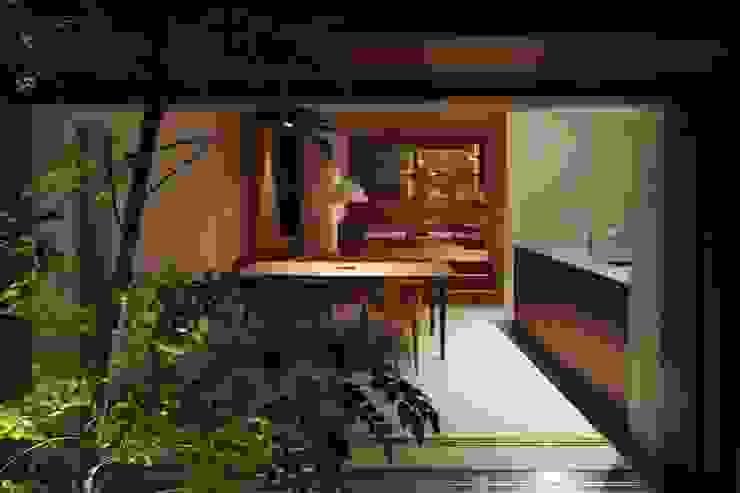 新根塚町の家 モダンデザインの ダイニング の 深山知子一級建築士事務所・アトリエレトノ モダン