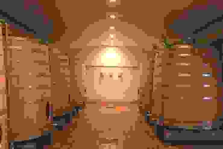 après travaux Cave à vin originale par SAS ACCTIF DESIGN Éclectique