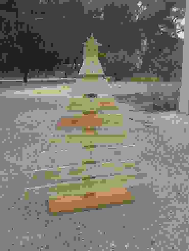 Arvore de Natal por Arte & Paletes Rústico Madeira Acabamento em madeira