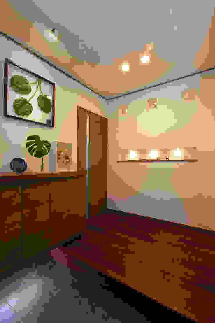 谷上の家 モダンスタイルの 玄関&廊下&階段 の 株式会社 atelier waon モダン