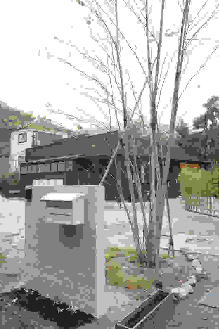 北小松の家 モダンな 家 の 株式会社 atelier waon モダン