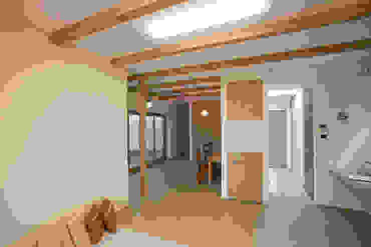 北小松の家 モダンデザインの ダイニング の 株式会社 atelier waon モダン