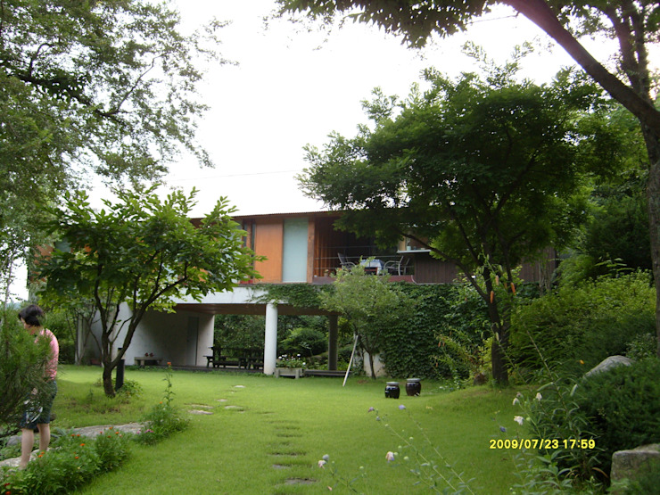 Modern style gardens by 팀버하우스 Modern