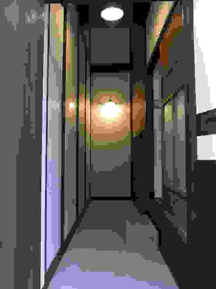 玄関土間(after) の Bee design factory 一級建築士事務所