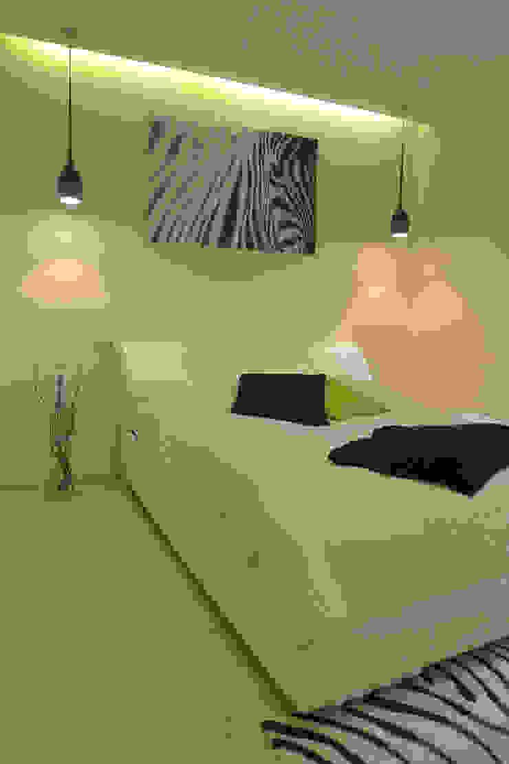 sypialnia z łazienką Nowoczesna sypialnia od Archomega Nowoczesny