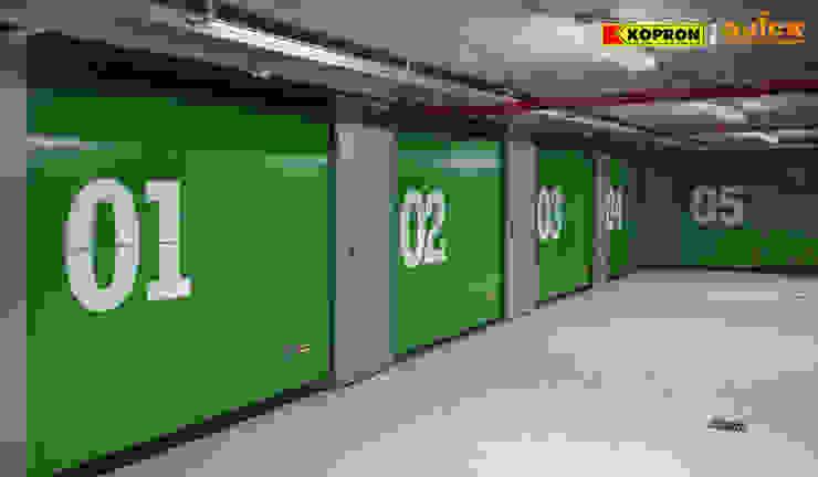Kopron S.p.A. Modern garage/shed