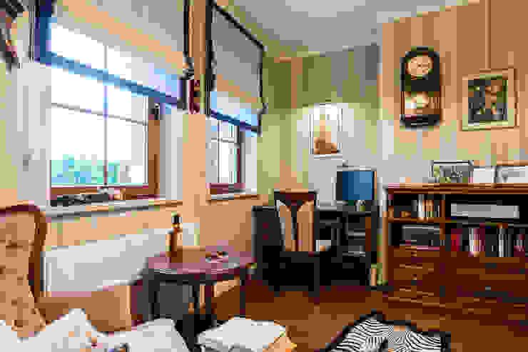 Pokój Pana domu: styl , w kategorii Salon zaprojektowany przez Gzowska&Ossowska Pracownie Architektury Wnętrz,Klasyczny