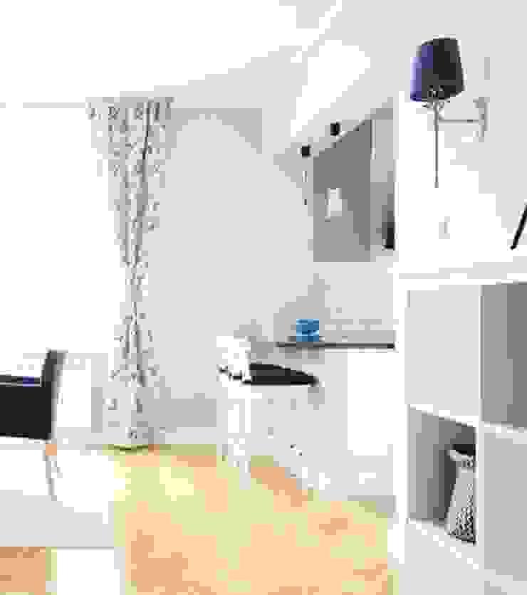Dom w stylu amerykańskim - jadalnia Klasyczny salon od IDEALS . Marta Jaślan Interiors Klasyczny
