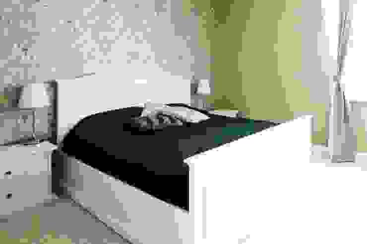 Dom w stylu amerykańskim - sypialnia Klasyczna sypialnia od IDEALS . Marta Jaślan Interiors Klasyczny
