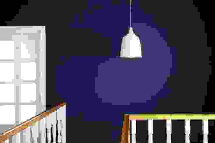 Dom w stylu amerykańskim - hol Klasyczne ściany i podłogi od IDEALS . Marta Jaślan Interiors Klasyczny