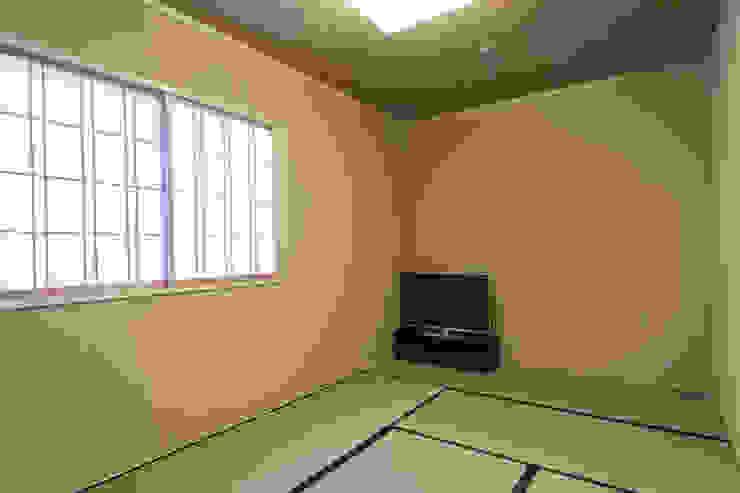 和室7.5帖: 福井建築設計室が手掛けたクラシックです。,クラシック 木 木目調