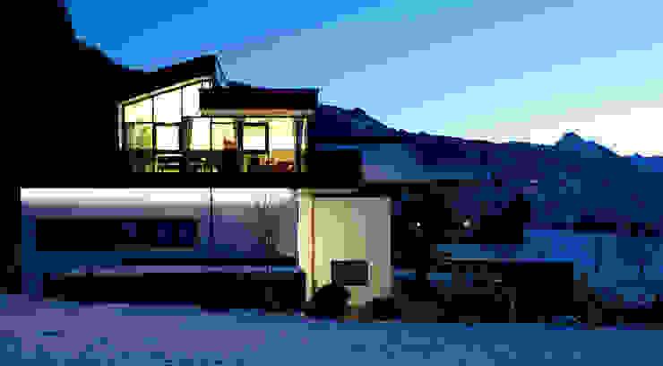 TOP LEVEL APARTMENTS Moderne Hotels von EINFACH3 Architekten Ziviltechniker KG Modern Glas