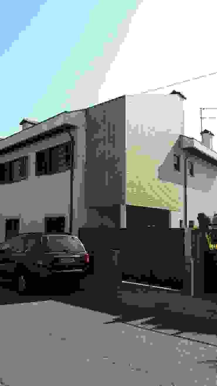 Remodelação Moradia Uni familiar – Exterior por Lendas e Detalhes, Lda