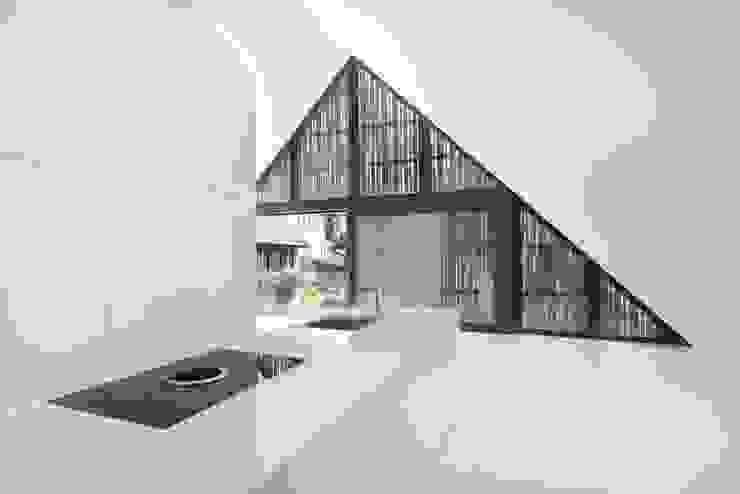 Umbau Haus Lendenmann Regensberg ZH/CH Moderne Küchen von L3P Architekten ETH FH SIA AG Modern