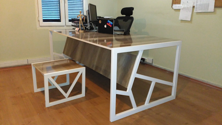 Tam Design – Modern Ofis Masası: modern tarz , Modern Ahşap Ahşap rengi