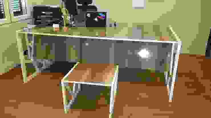 Tam Design – Fiskos masası: modern tarz , Modern Ahşap Ahşap rengi