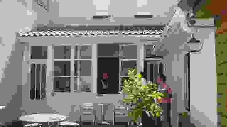 AVANT TRAVAUX Fenêtres & Portes modernes par SAS ACCTIF DESIGN Moderne