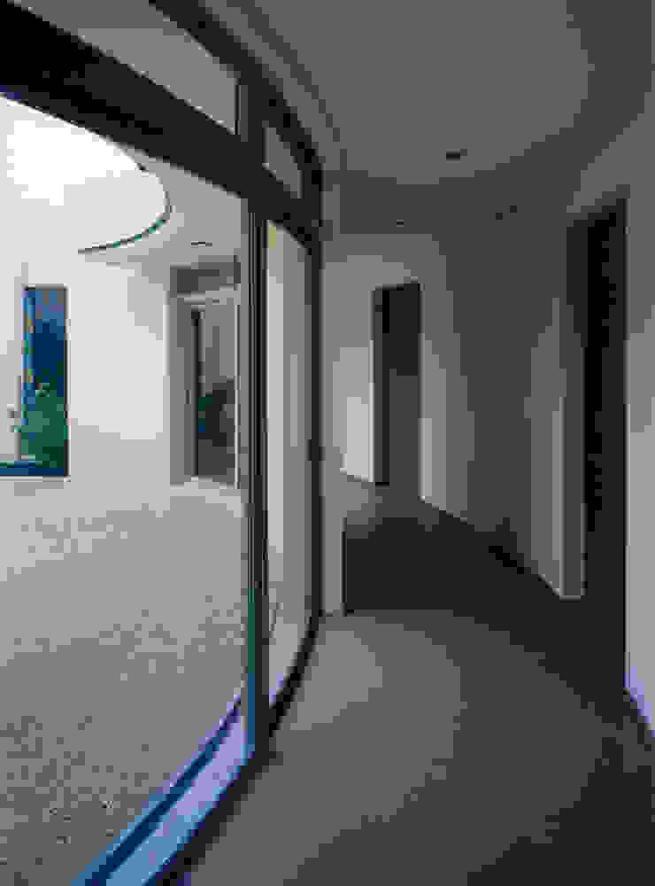 聖ヴィアトール修道会 北白川修道院 モダンな 窓&ドア の boston-5 モダン