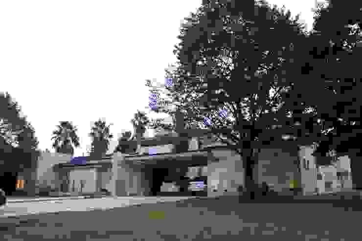 Modern houses by cm espacio & arquitectura srl Modern