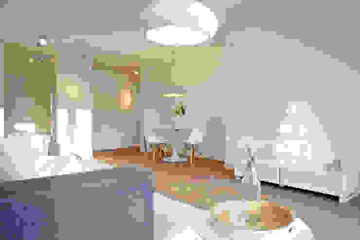 Home Staging Bavaria Modern Living Room White