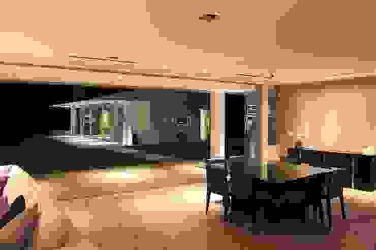 Moderne Fenster & Türen von cm espacio & arquitectura srl Modern