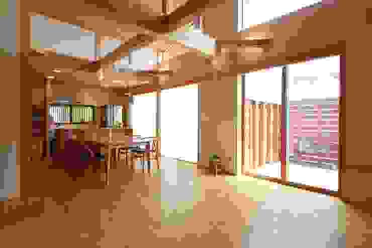 陽ごこちの家 群馬県 高崎市 オリジナルデザインの リビング の 田村建築設計工房 オリジナル