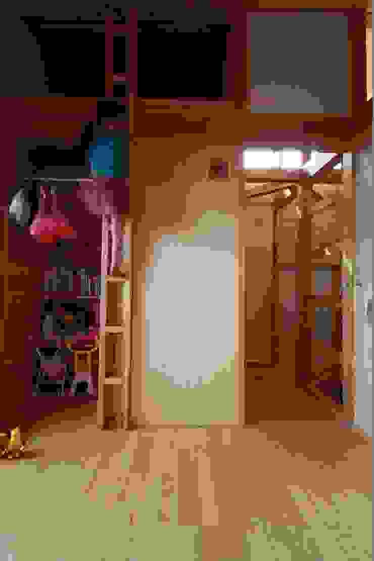 陽ごこちの家 群馬県 高崎市 オリジナルデザインの 子供部屋 の 田村建築設計工房 オリジナル