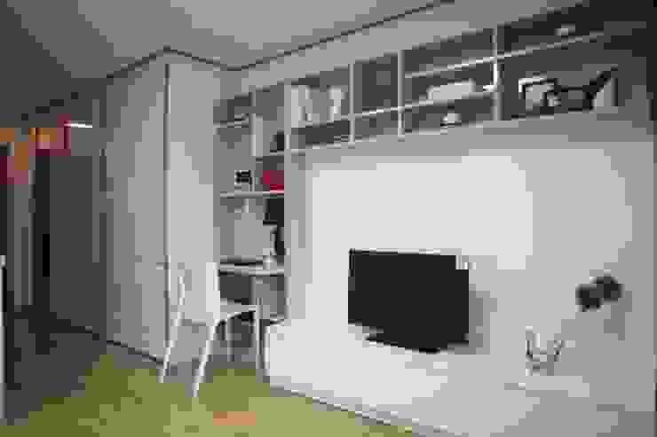 one room : design seoha의  거실,모던