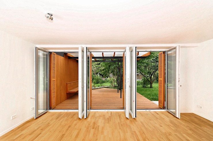 wohnen Fürst & Niedermaier, Architekten Moderne Wohnzimmer Holz Weiß