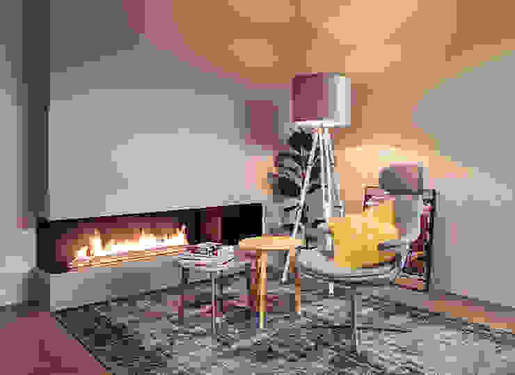 Fire Line Automatic XT by Planika: styl , w kategorii  zaprojektowany przez Planika Fires,Nowoczesny